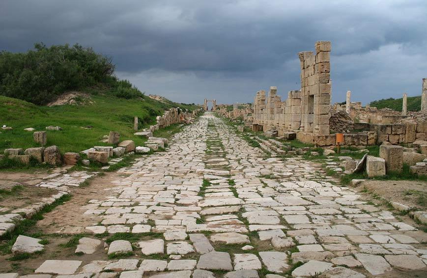 Droga rzymska w Leptis Magna (Libia)