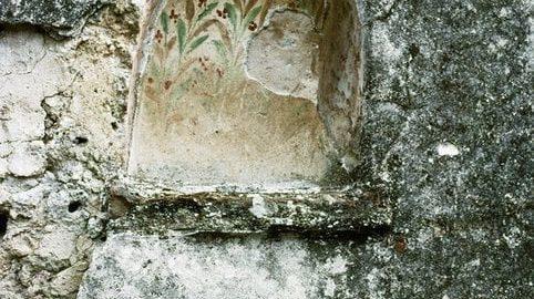 Lararium in Pompeii