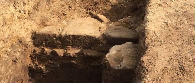 Natrafiono na pozostałości rzymskiego muru w Anglii