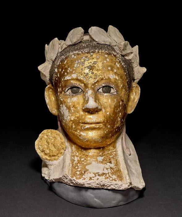 Pomalowana rzymska maska