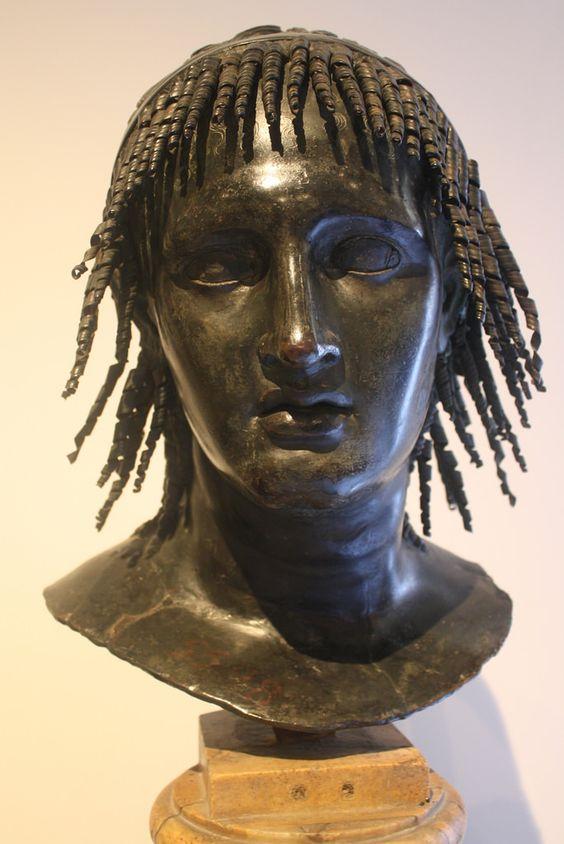Niezwykłe popiersie Ptolemeusza Apiona