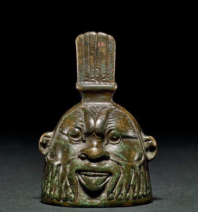 Rzymski dzwonek w kształcie głowy