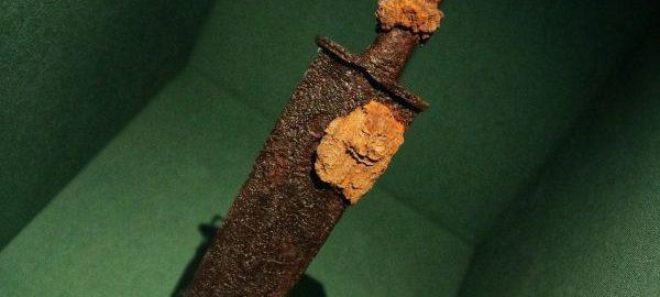 Roman dagger from Rossington Bridge