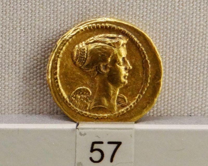 Moneta z kolekcji w Museo Palazzo Massimo w Rzymie, ukazująca Fulwię