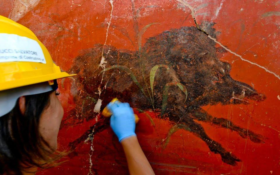 Fresk z Pompejów ukazujący dzika