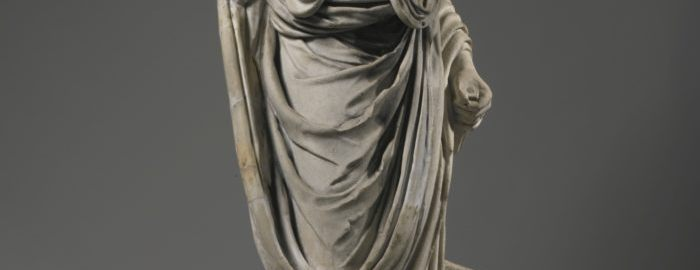 Rzymska rzeźba ukazująca postać w todze