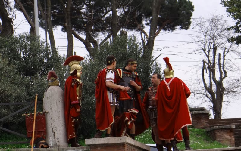 Rome: penalty for dressing up as centurion