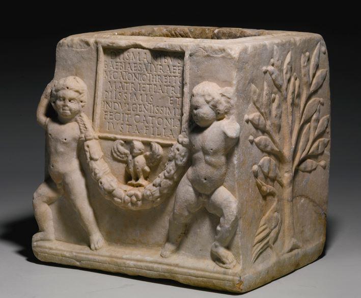Roman marble urn
