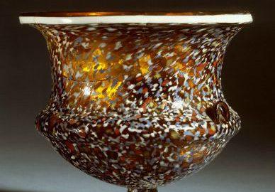 Roman glass vessel