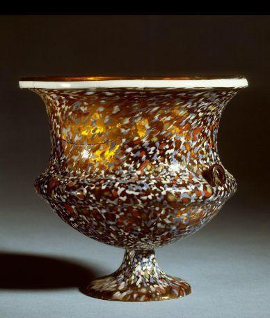 Rzymskie szklane naczynie