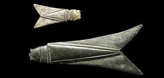 Rzymskie broszki w kształcie cykad