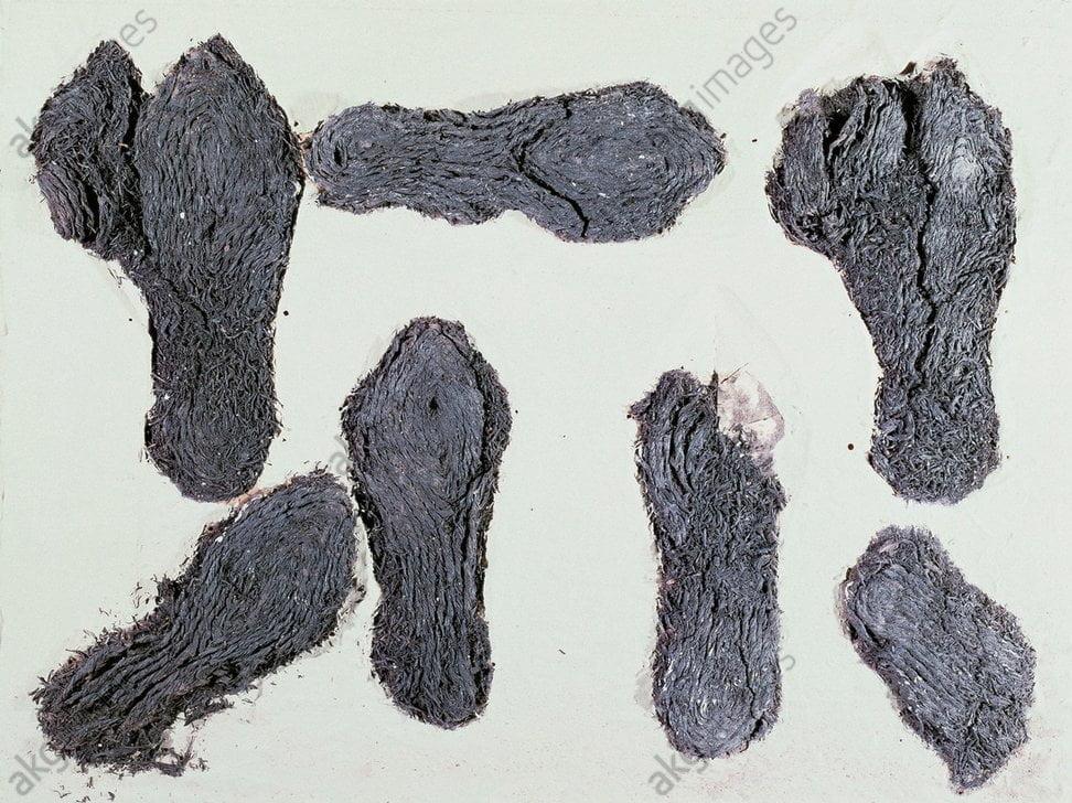 Rzymskie buty ze sznurówek