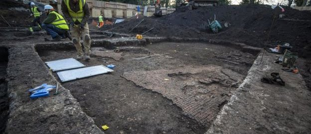 Roman houses were discovered in Colchester