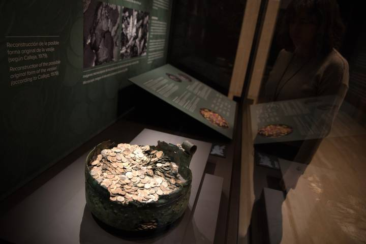 Discovery of great Roman treasure in1937 in Spain