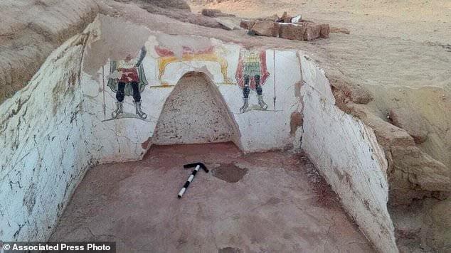 Odkryto w Egipcie grobowce i malunki ścienne z czasów rzymskich