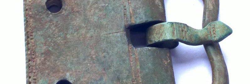 Roman belt buckle