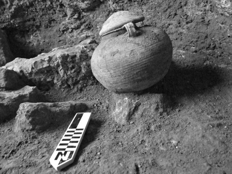 Discovered clay vessel in the Roman camp of Legio