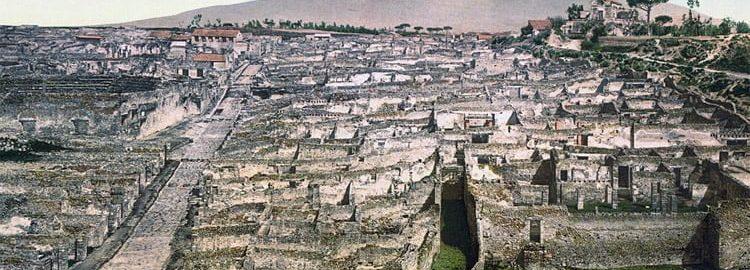 Old photo of Pompeii