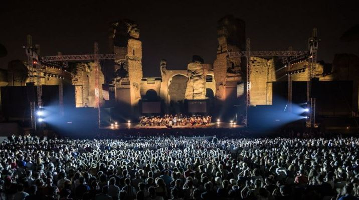 Festival of summer opera in Baths of Caracalla