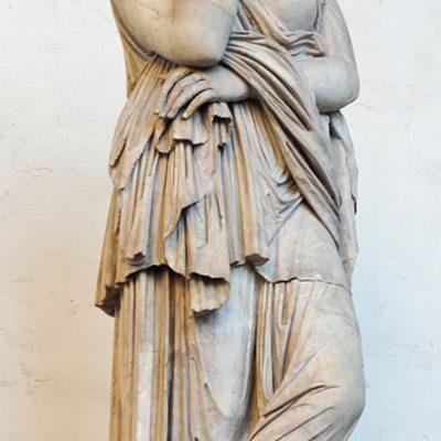 Rzeźba przedstawiająca Tusneldę