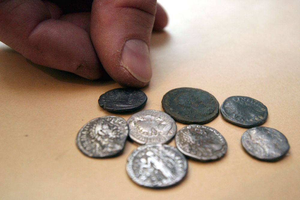 Are Roman coins in Poland faked?