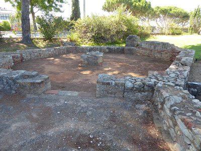 Pozostałości wieży w Cerro da Vila