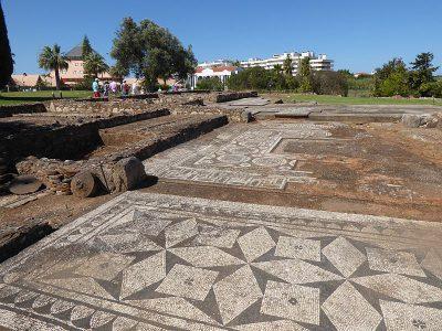 Mozaiki podłogowe w Cerro da Vila