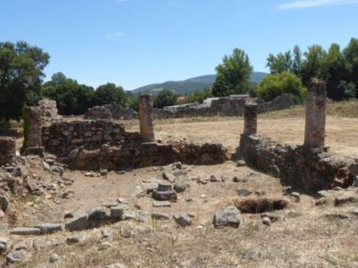 Remains of the gate and towers in Ammaia
