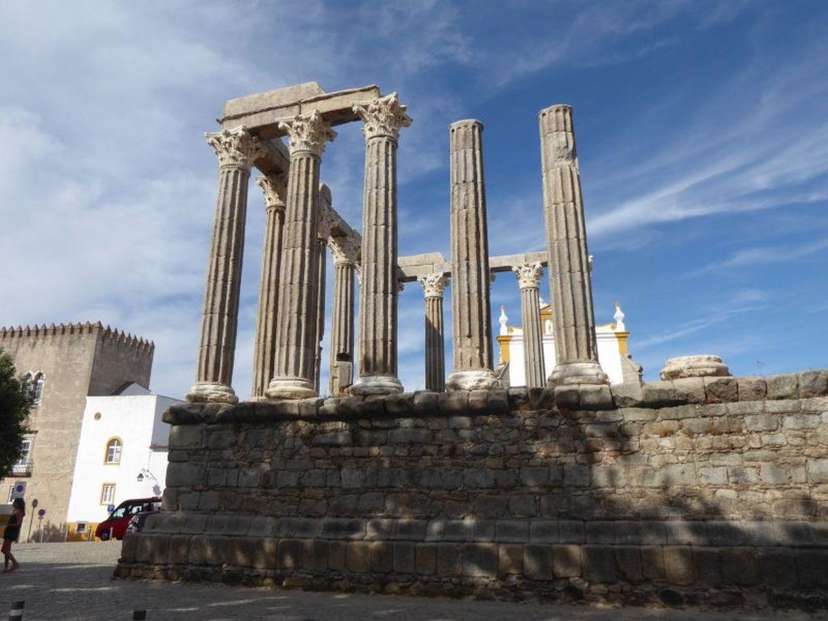 Rzymska świątynia w Evora