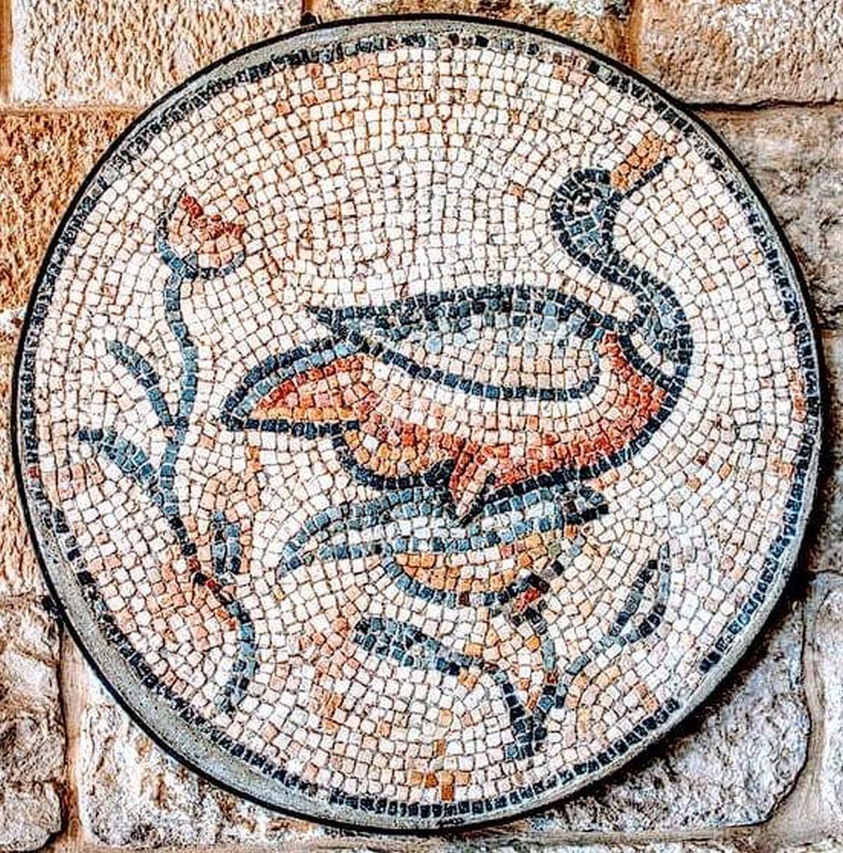 Kaczka na mozaice