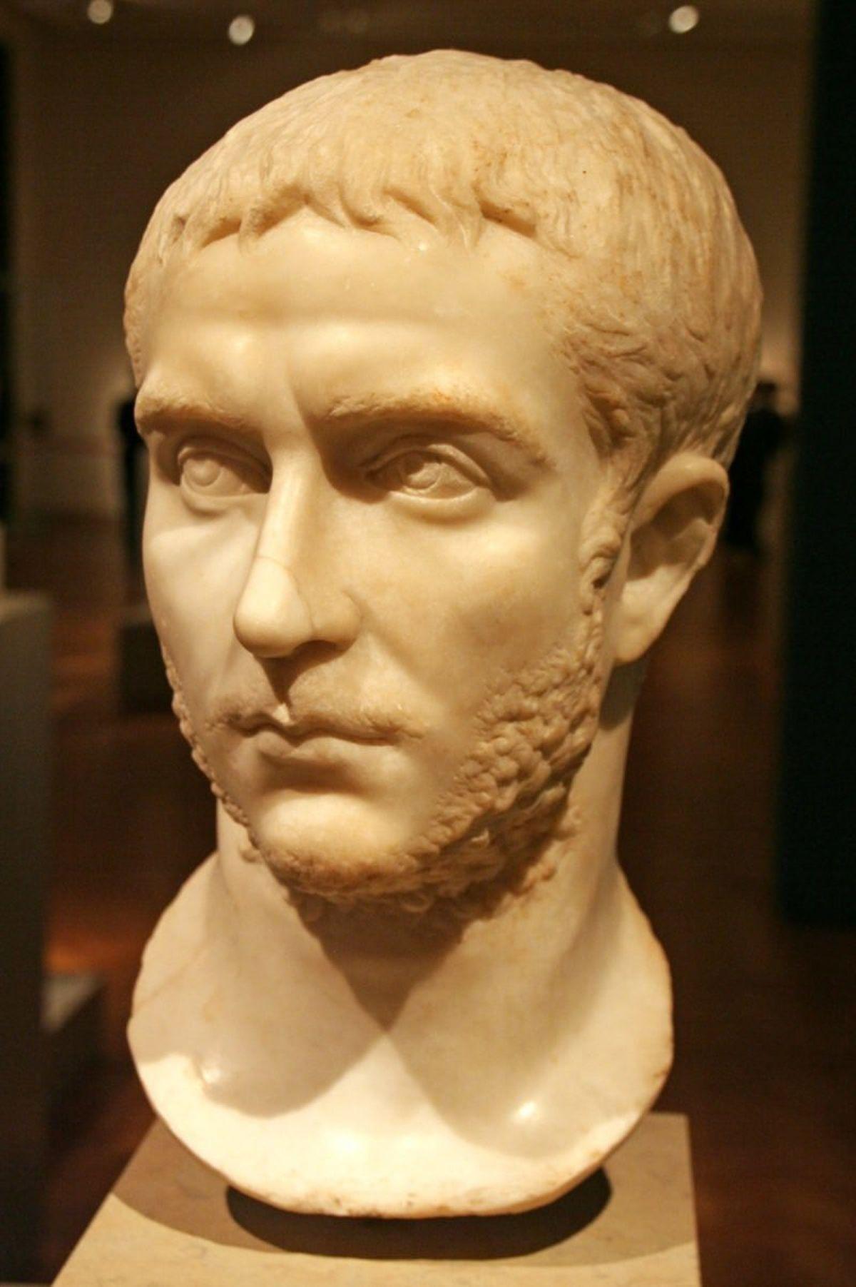 Rzymskie popiersie cesarza Galiena