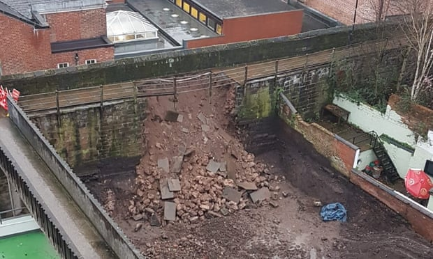 Roman walls collapsed in Chester
