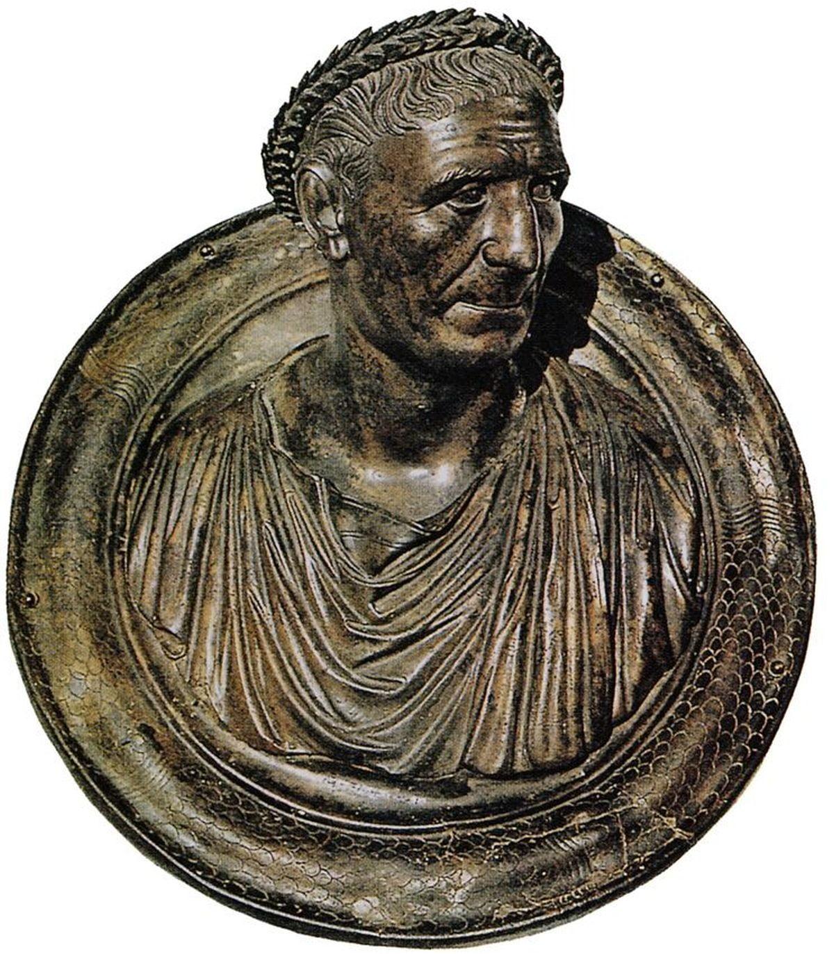 Portret Trajana jako starszego mężczyzny