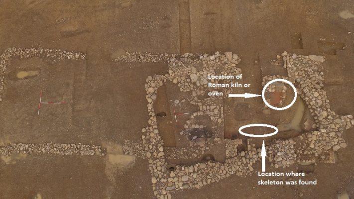 """W północnej Anglii odkryto szkielet i """"fabrykę"""" płytek grzewczych z czasów rzymskich"""