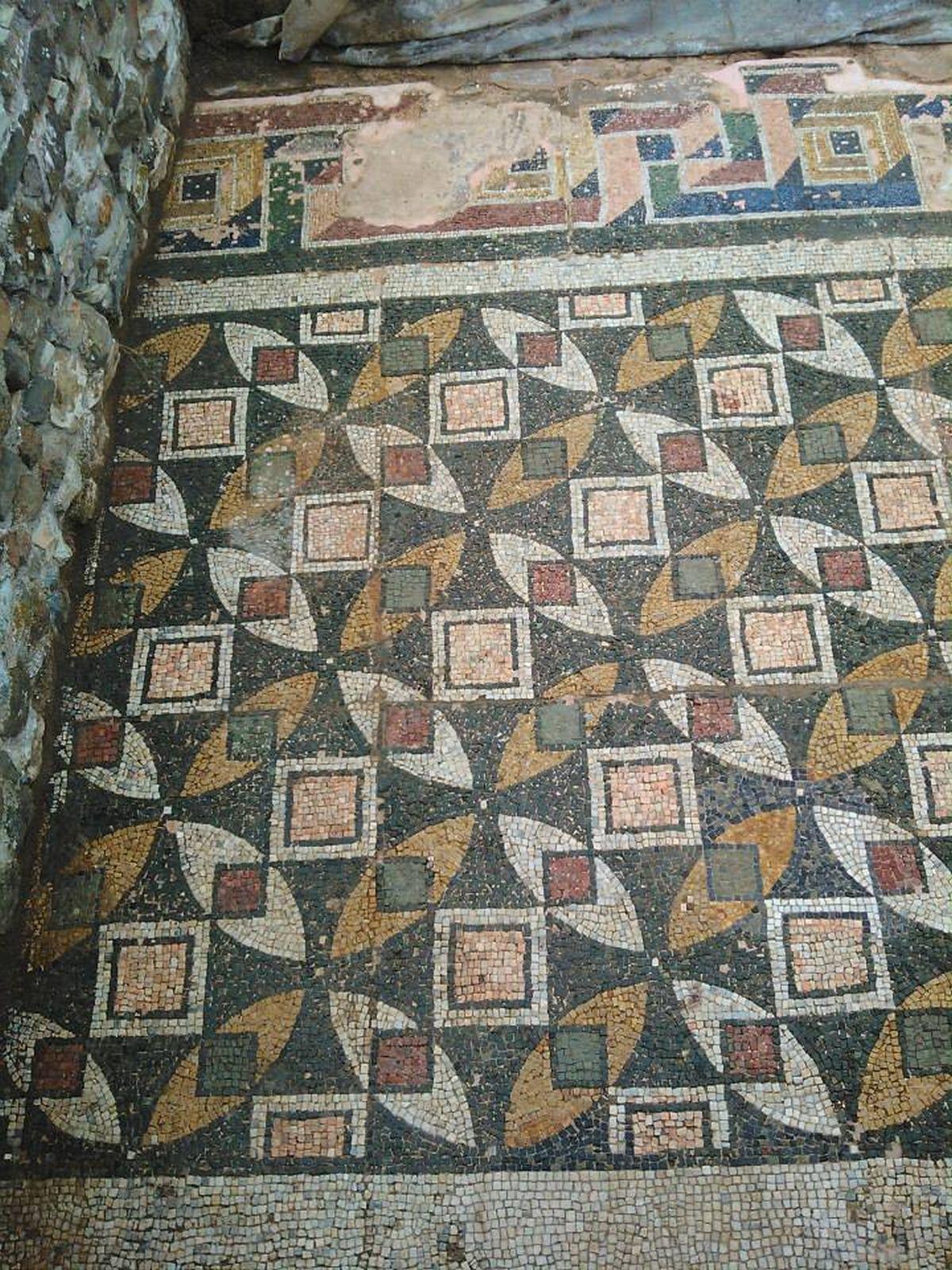 Piękne geometryczne kształty na mozaice