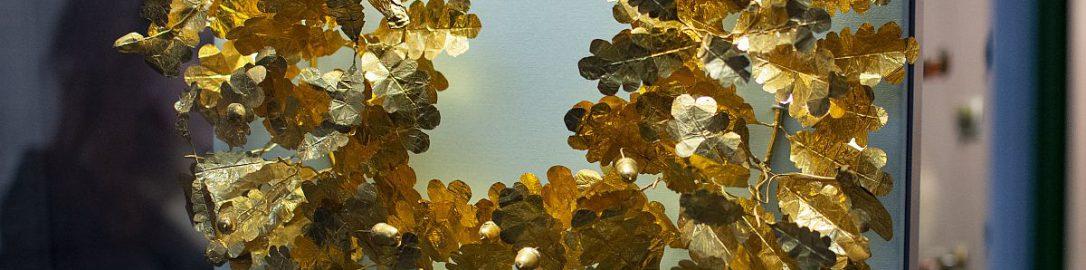 Roman golden oak wreath