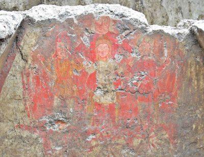 Fresk na ścianie grobu w Sirmium, ukazujący anioła ratującego 3 młodych mężczyzn