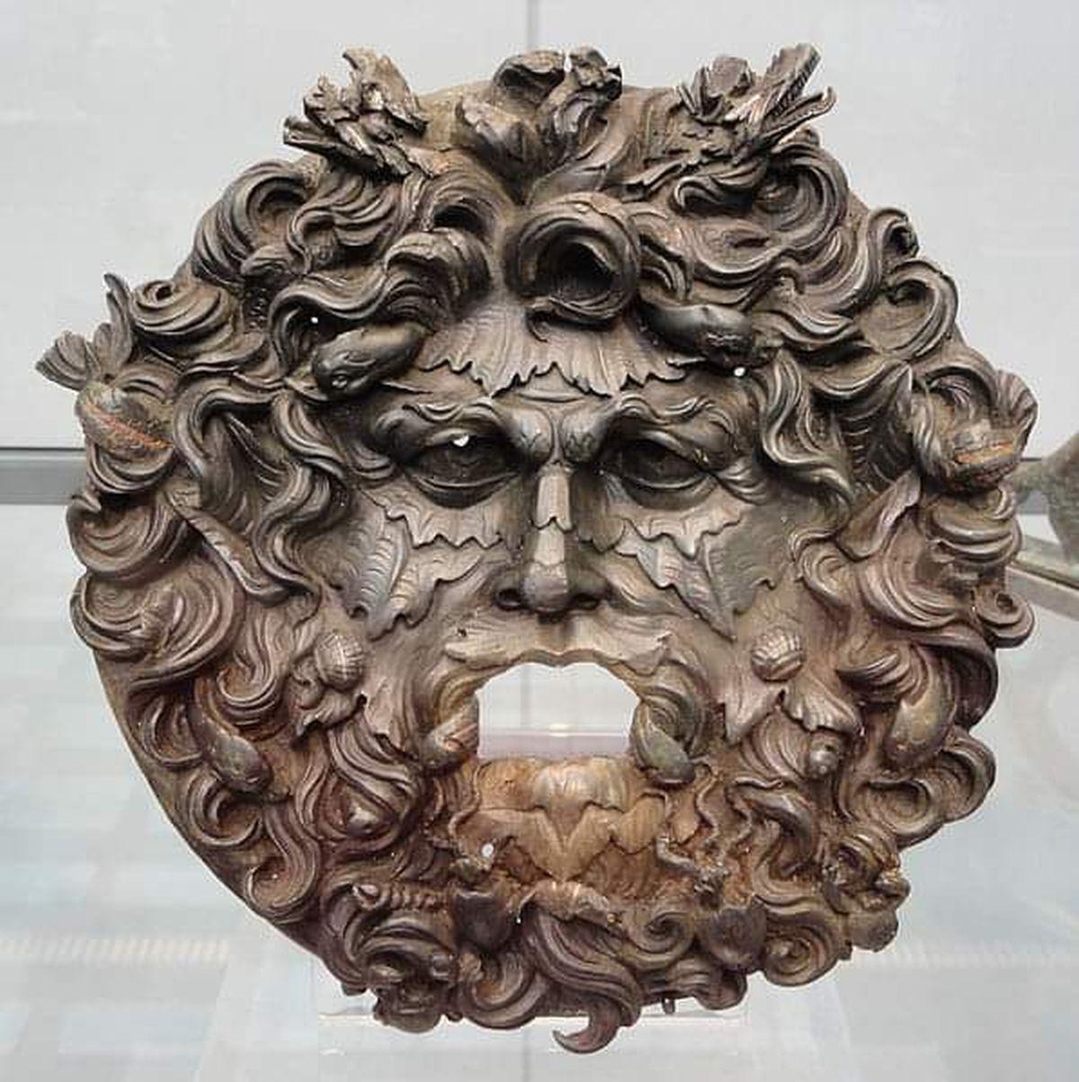 Maska rzymska ukazująca Oceanusa