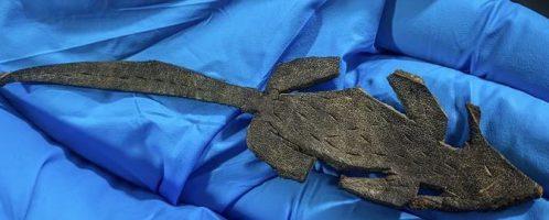 Odkryto rzymską skórzaną zabawkę w kształcie myszy