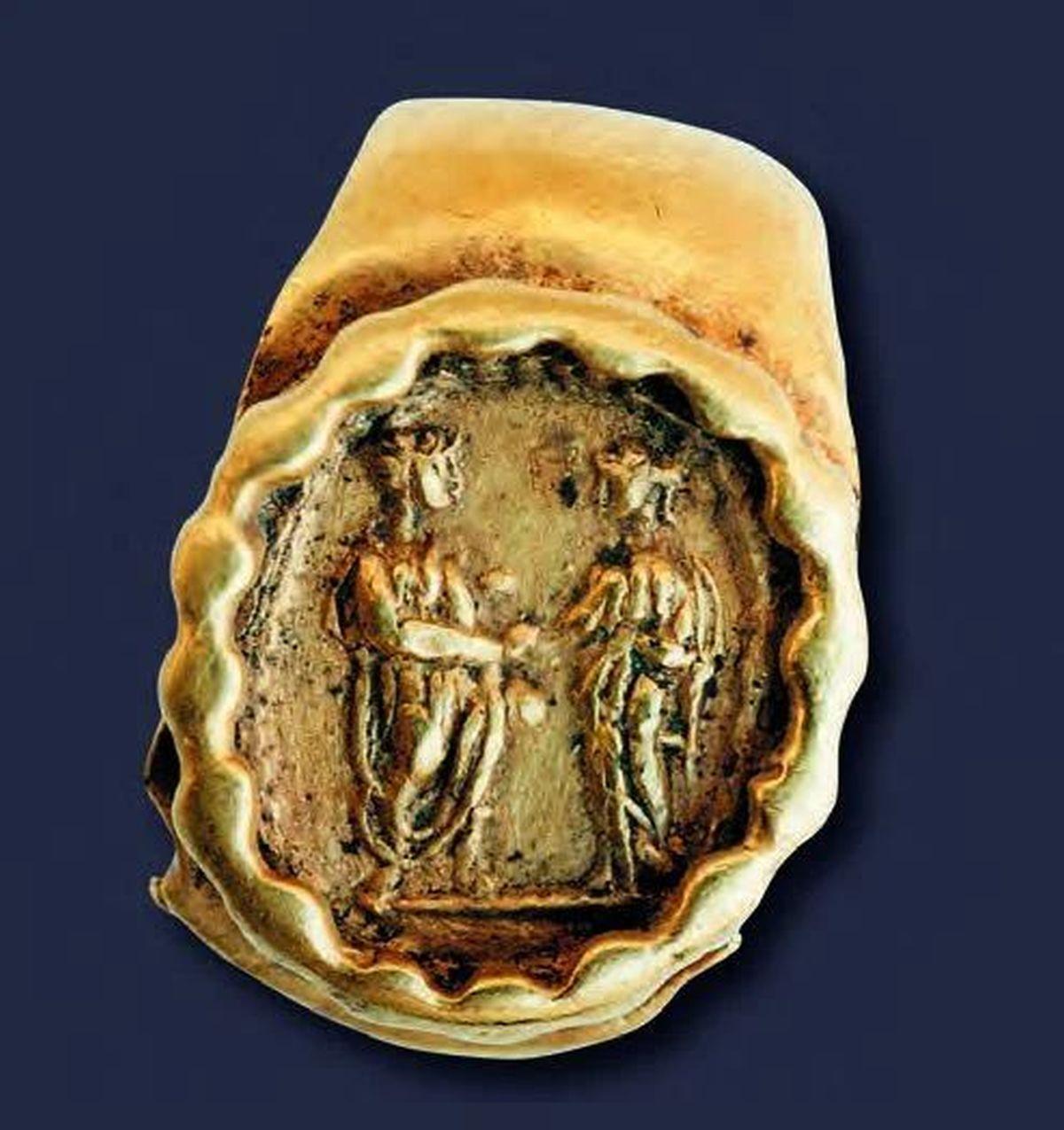 Golden beautiful Roman ring