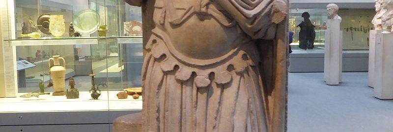 Marmurowa statua przestawiająca cesarza Septymiusza Sewera