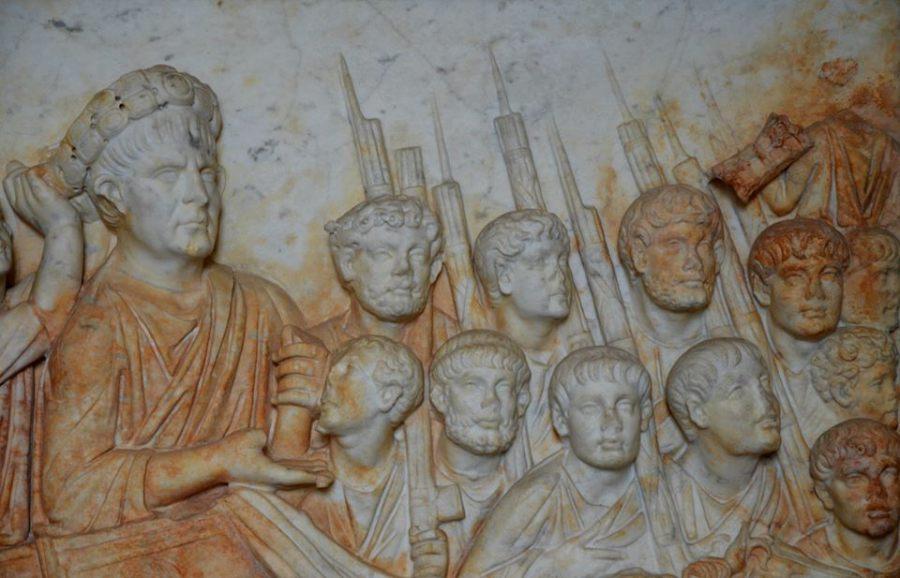 Relief przedstawiający pośmiertny triumf Trajana
