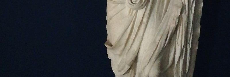 Roman sculpture of a figure in a toga