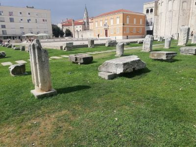 Found remains from the Roman forum in Zadar