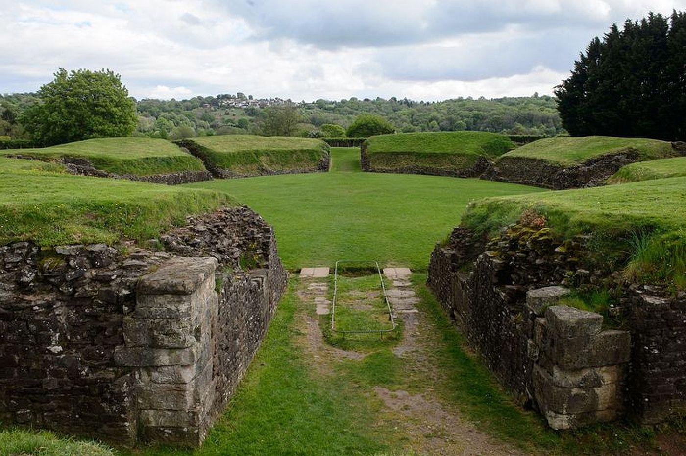 Amfiteatr rzymski w Caerleon