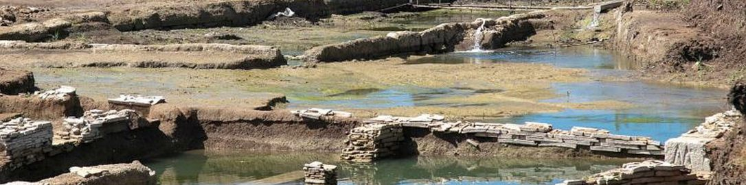 Archaeologists have discovered a large ancient pool between Rome and  Ostia