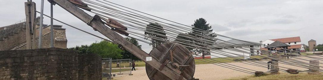 Zrekonstruowany rzymski dźwig