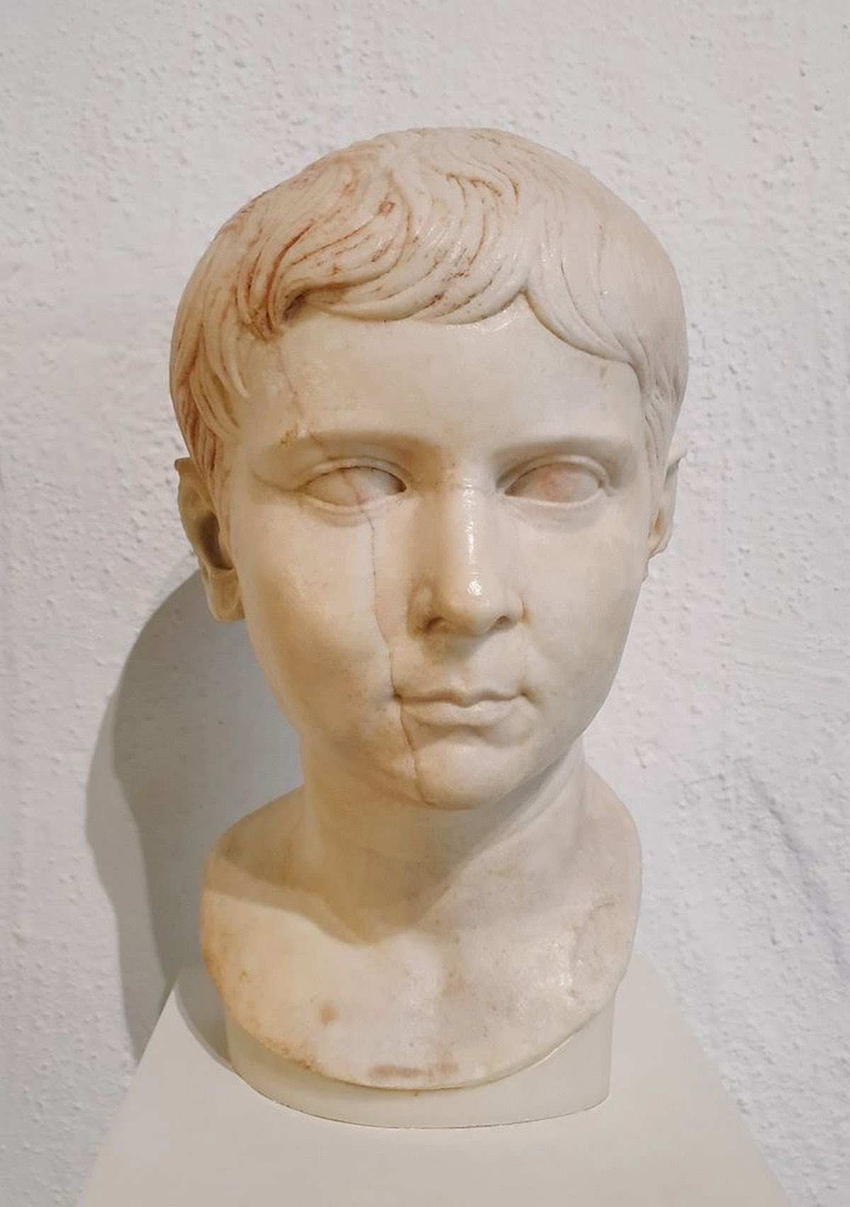 A bust of Lucius Caesar