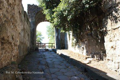 Umocniona Brama Nolańska – Porta di Nola (od wschodniej strony miasta)
