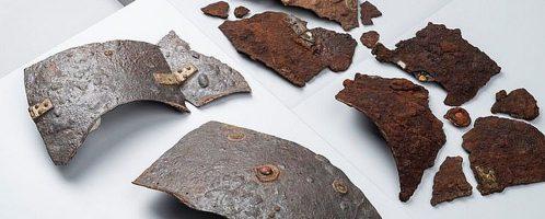 Zachowane fragmenty zbroi rzymskiej